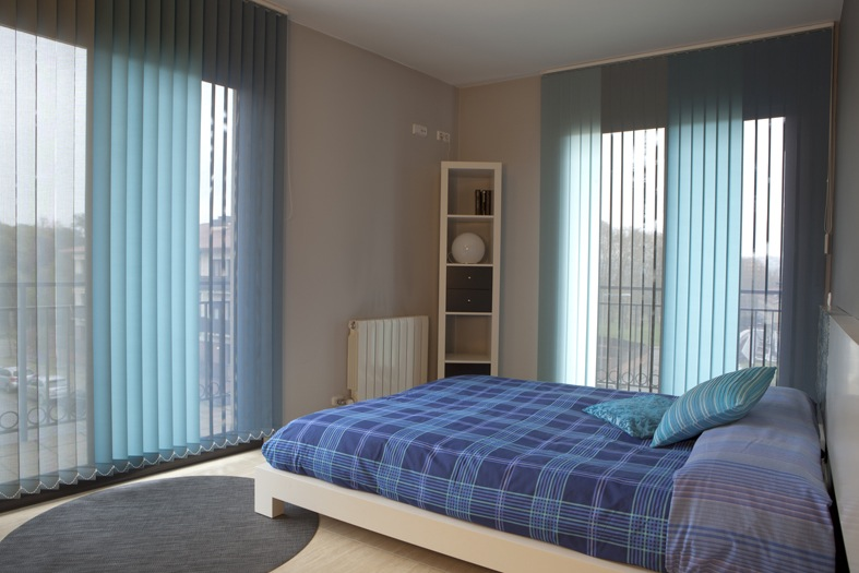 Cortinas o estores affordable diseo origianal salones for Cortinas y estores modernos